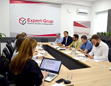 """Prima ședință a Consiliului Consultativ al proiectului """"Informează, abilitează și acţionează"""""""
